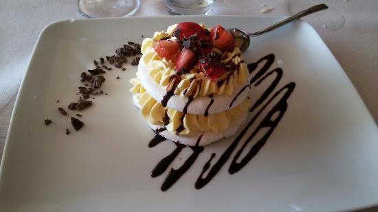 Trattoria Ristorante Acetaia: La meravigliosa vista e la bontà dei piatti ben curati