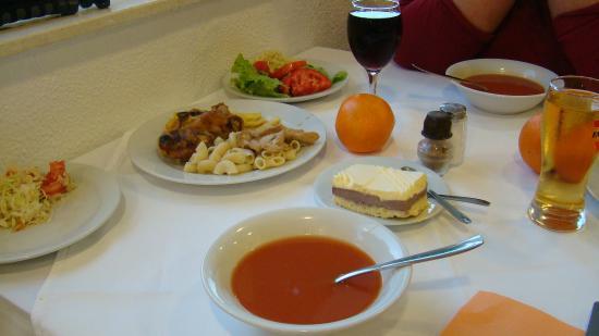 Kastel Stafilic, Croacia: vacsora..