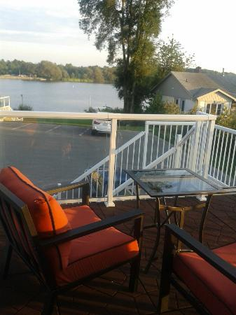 Bayside Inn & Waterfront Suites: King Size Room