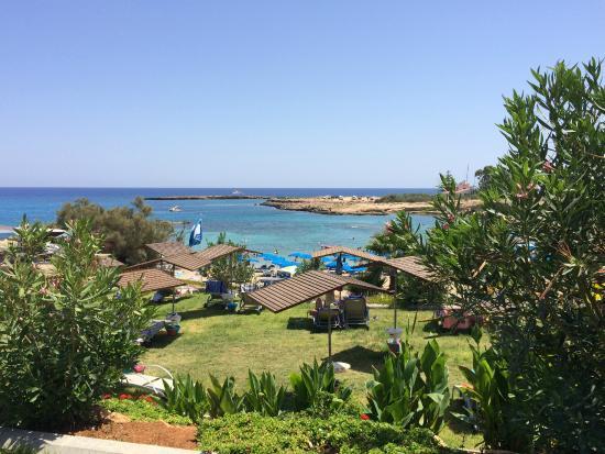 Cavo Maris Beach Hotel Utsikt Ner Mot Stranden