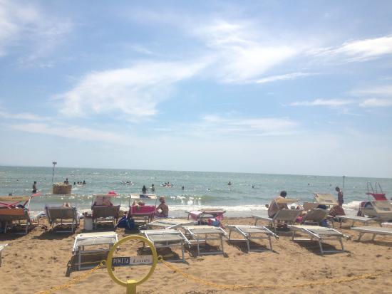 Hotel Rosa Dei Venti: Lignano Pineta - Spiaggia
