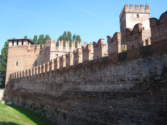 Casa Fola: Castelvecchio