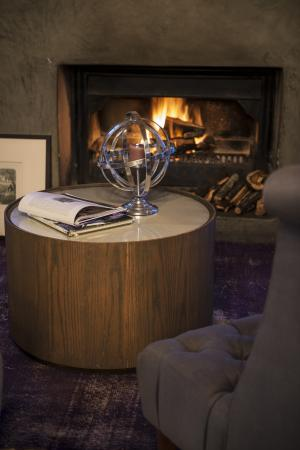 Thandeka Lodge and Spa: Indoor fire place