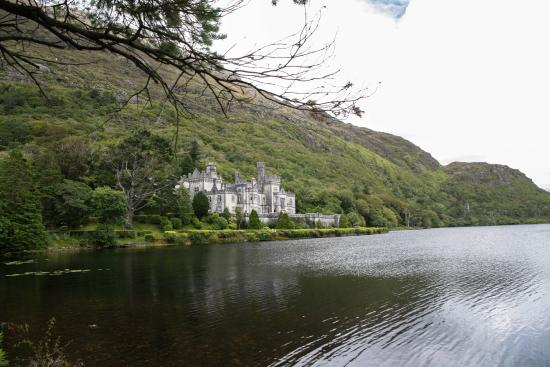 Periwinkle Bed & Breakfast: Kylemore Abbey