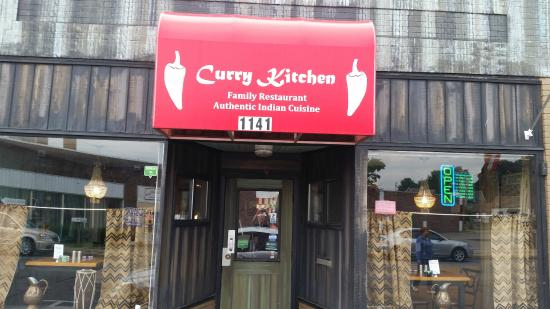 Curry Kitchen Indian Cuisine: Entrance
