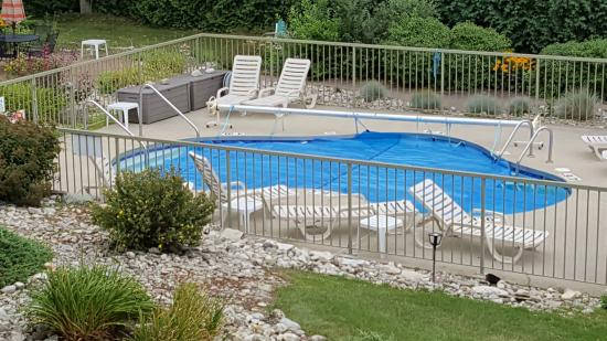 Bay Point Inn : Bay Point Pool