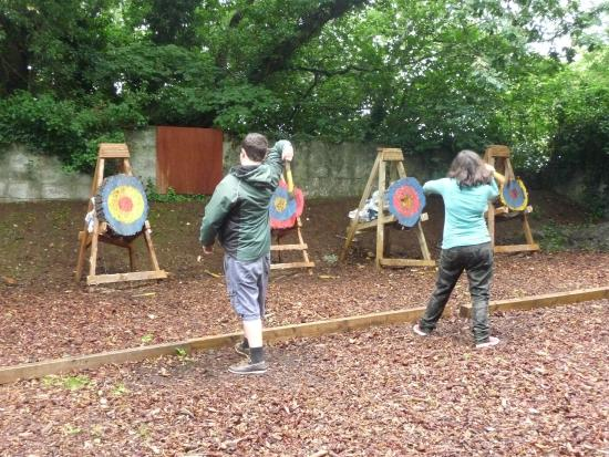 Menheniot, UK: Axe throwing teenagers