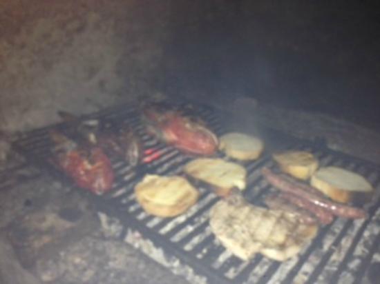 Mrcara: Grilled food