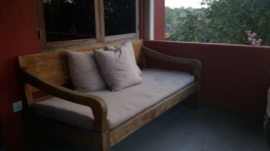 PinkCoco Bali: Divanetto In Balcone, Perfetto Relax