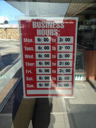 Airport Diner Business Hours