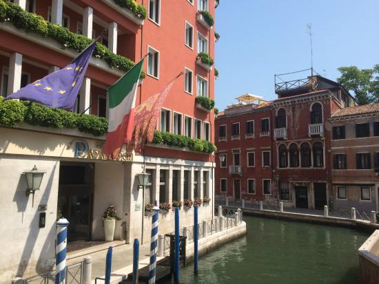 Hotel Papadopoli Venezia - MGallery Collection: Hotel Entrance
