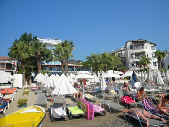 Hotel Emre: View from the beach
