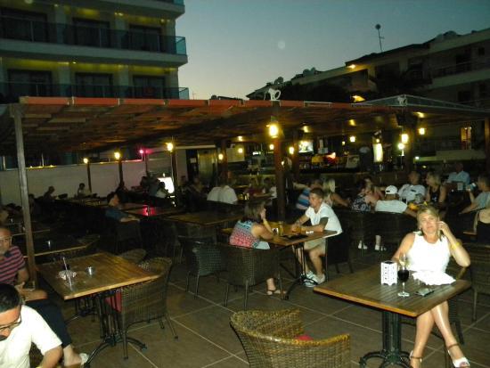Hotel Emre: The Terrace Bar