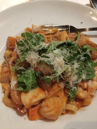 Il Davide Restaurant: Fettucini with seafood