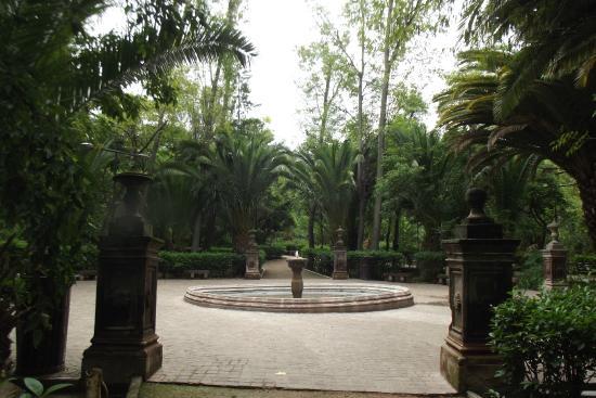 parque benito juarez una de las varias fuentes del jardn