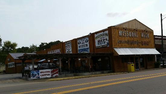 Missouri Hick B-B-Q South