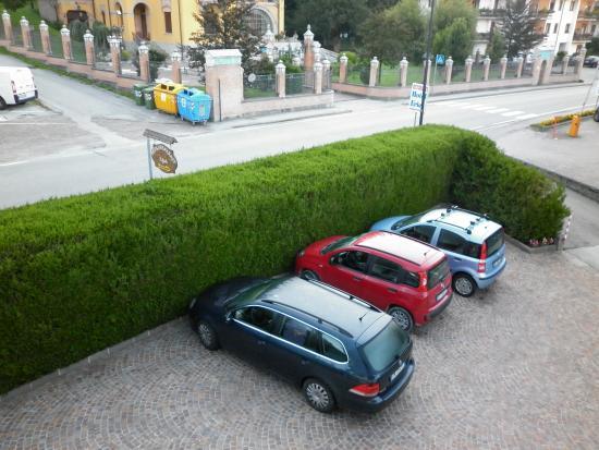 B&B Raffaella : Parcheggio privato