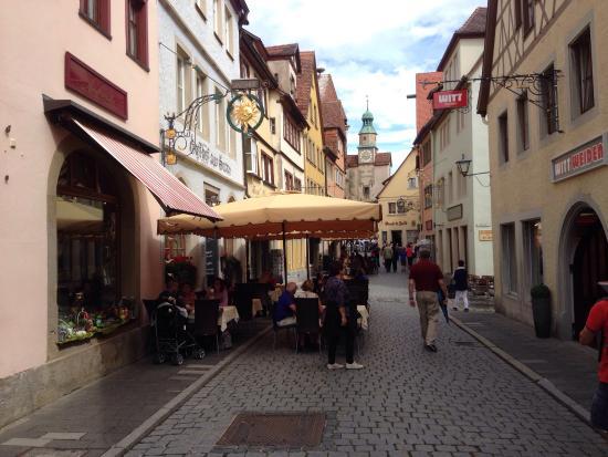 Hotel und Gasthof zur Sonne: Street view