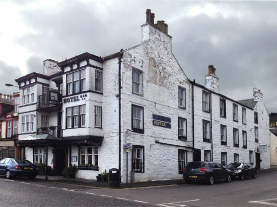 The Tarbert Hotel: The name of the hotel has fallen off and not replaced!