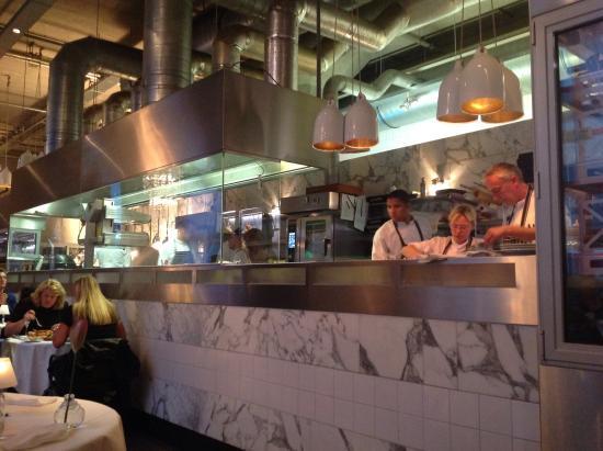 De open keuken picture of las palmas rotterdam tripadvisor - Open keuken bar ...