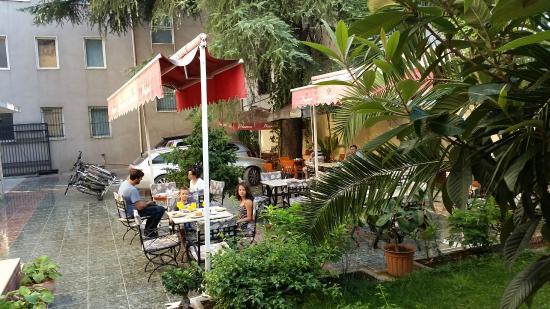 Hotel Vila e Arte: Innenhof