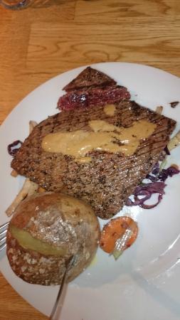 Gamla Vinhusid: Whale steak with baked potato and veg.