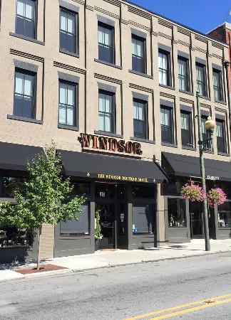 The Windsor Boutique Hotel Asheville On Broadway St