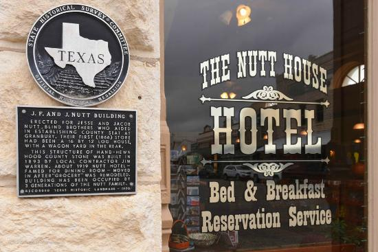 Nutt House Historic Hotel : Our Texas Historical Marker