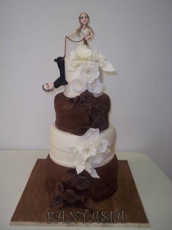 Wedding Cake Con Fiori In Pasta Di Zucchero Picture Of