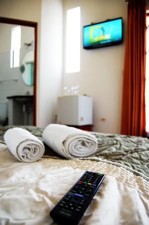 Hotel Casa Kolping Sucre: Habitación - TV Cable