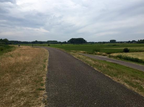 Bredene, เบลเยียม: велодорожка