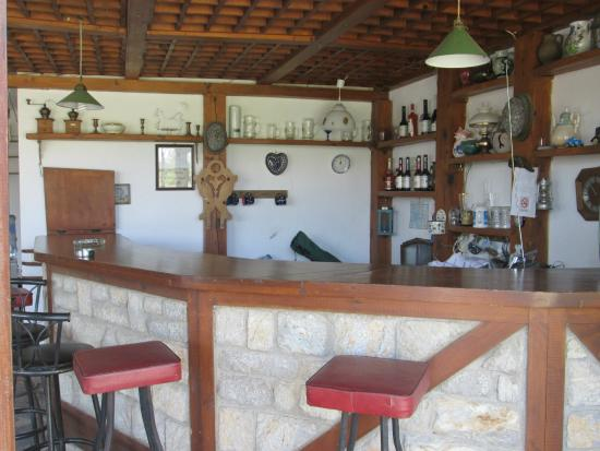 Antik Apart Hotel: Bar