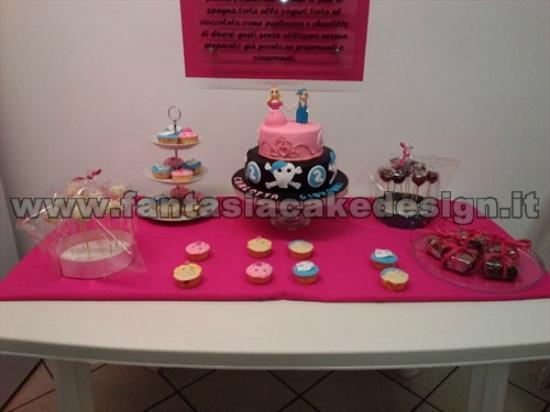 Cake Design Vicenza E Provincia : torta pirata e principesse - Foto di Fantasia Cake Design ...
