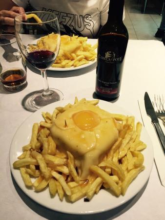 Cafe Santiago F: Excellent restaurant, serveurs très compétent, je recommande absolument pour manger une bonne fr