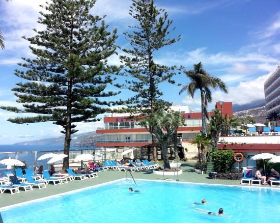 Piscina picture of hotel best semiramis puerto de la for Piscina la ballena tenerife