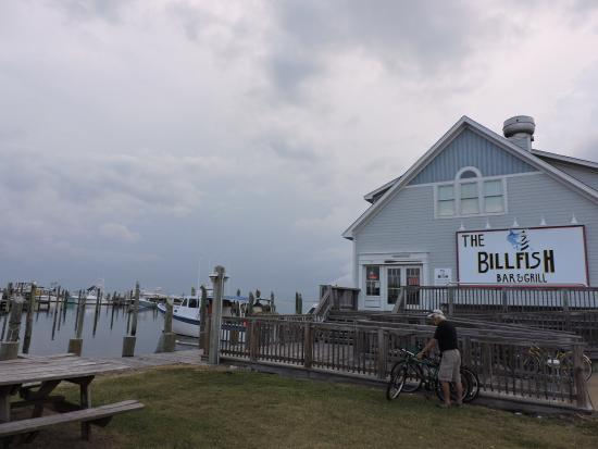 Billfish Bar & Grill : storm coming at Billfish.....
