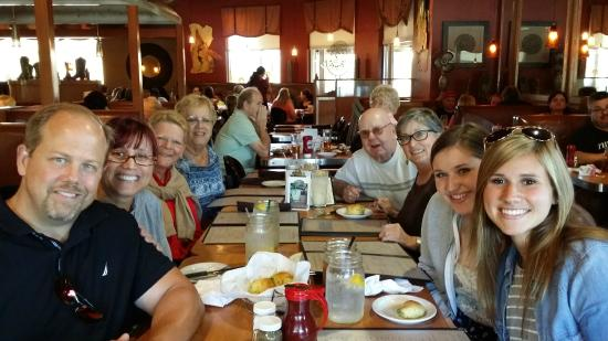 Rattler's BBQ : A family gathering