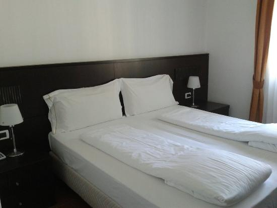 Photo of Hotel Eurovil Predore