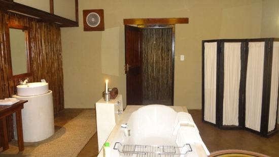 Dar Amane Guest Lodge: The bathroom