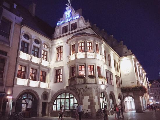 Hofbraeuhaus: photo4.jpg