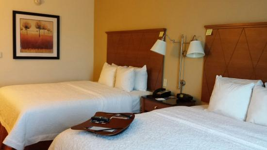 Hampton Inn Hampton-Newport News: Awesome Stay!  CLEAN, AFFORDABLE & FRIENDLY