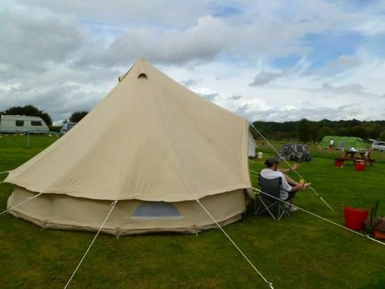 Rue Hill C&site Aug bank holiday - Bell tent & Aug bank holiday - Bell tent - Picture of Rue Hill Campsite ...