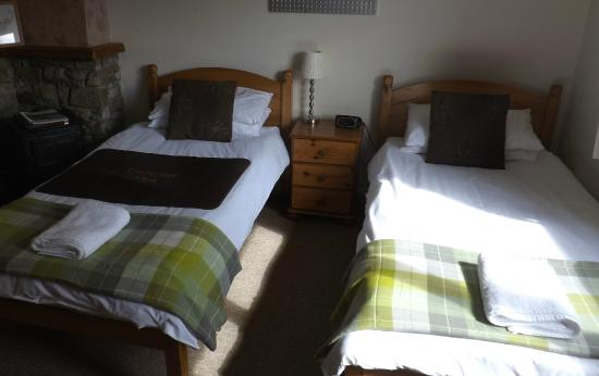 Carn Mhor Bed and Breakfast: Room 2