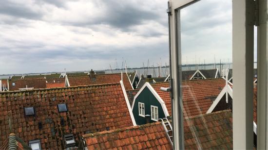 Hof van Marken : seaview over the Marken roofs from our room