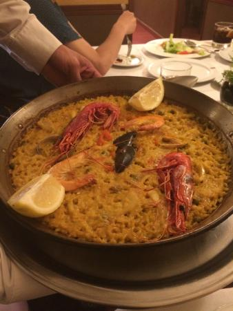 La Barraca: Seafood Paella for two