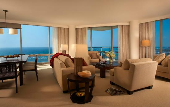 Trump International Hotel Waikiki: Trump Waikiki Premium 3 Bedroom Ocean Front Suite