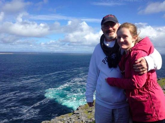 An Dún Bed & Breakfast and Restaurant: Looking over the Atlantic on Inishmaan island