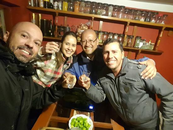 Kukuli Lodge: Aprendendo a fazer Pisco Sour
