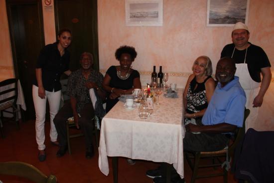 Montespertoli, อิตาลี: Most gracious hosts, making us feel most welcome!