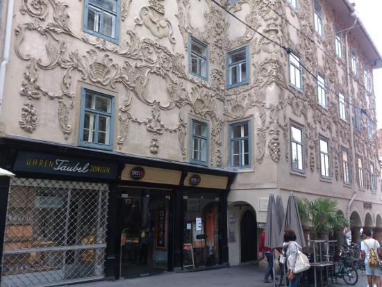 Graz - Sporgasse - barockes Luegg-Haus an der Ecke Sporgasse-Hauptplatz